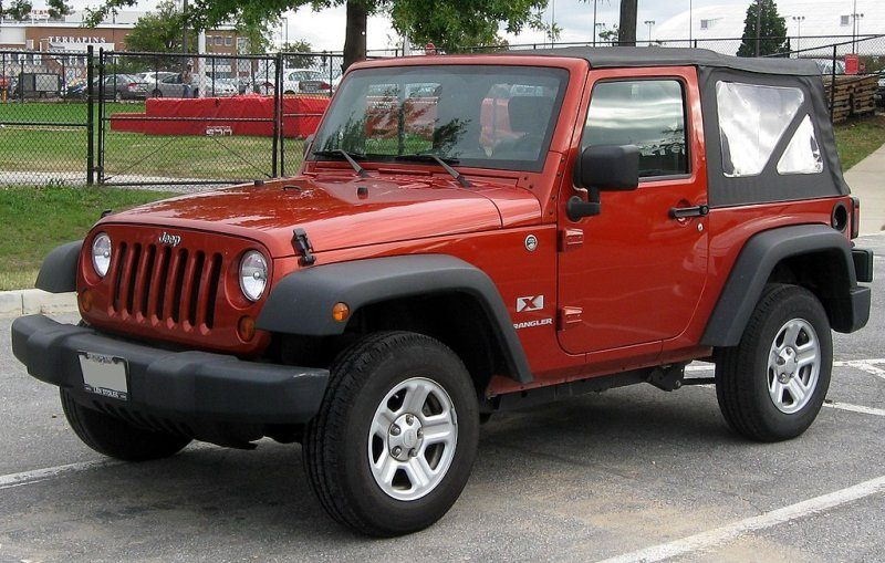 1024px-Jeep_Wrangler_X_--_10-06-2010.jpg
