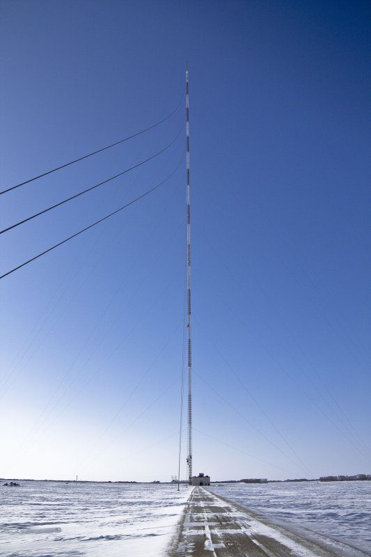 1200px-kvly-tv_mast_tower_wide-jpg.654953