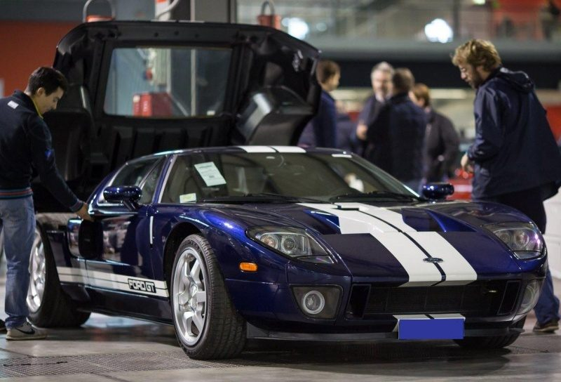 17-Ford GT '06-Real.jpg