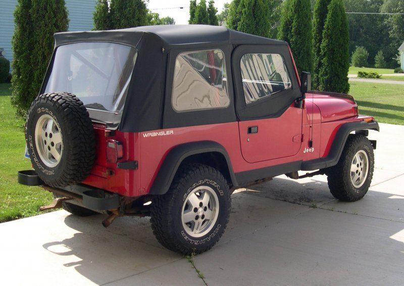 1992_Jeep_YJ_rear_34.JPG