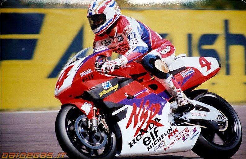 1994-mick-doohan-brno-honda-nsr500.jpg
