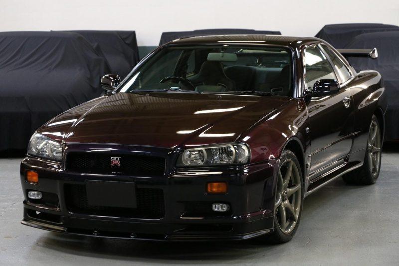 2-Nissan SKYLINE GT-R V-spec (R34) '99 Midnight Purple II-Real.JPG