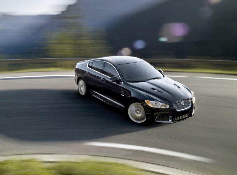 2010-jaguar-xfr-3.jpg