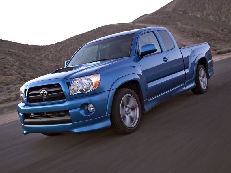 2011-Toyota-Tacoma-X-Runner.jpg
