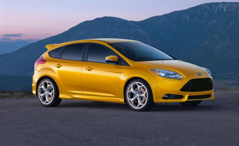 2013-ford-focus-st-photo-435051-s-1280x782.jpg