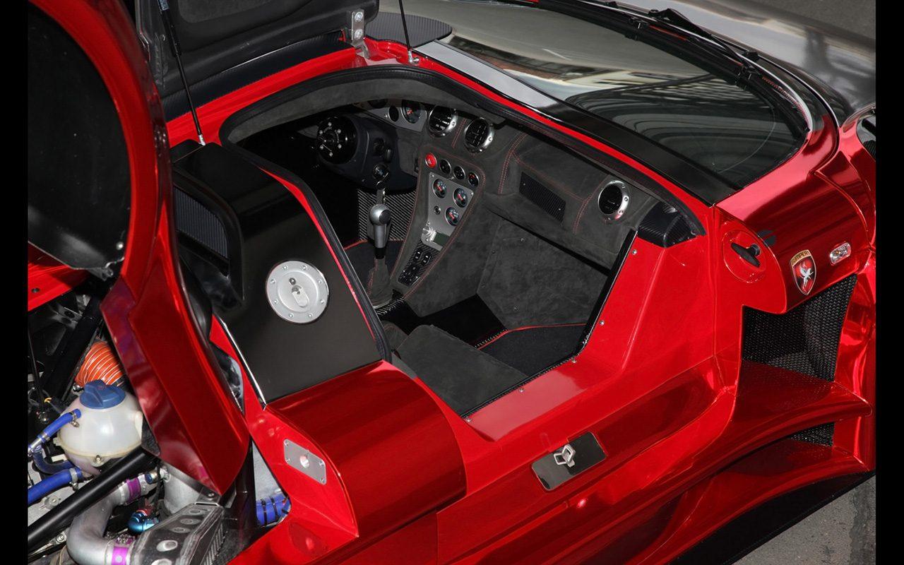2014-2M-Designs-Gumpert-Apollo-S-IronCar-Interior-3-1280x800.jpg