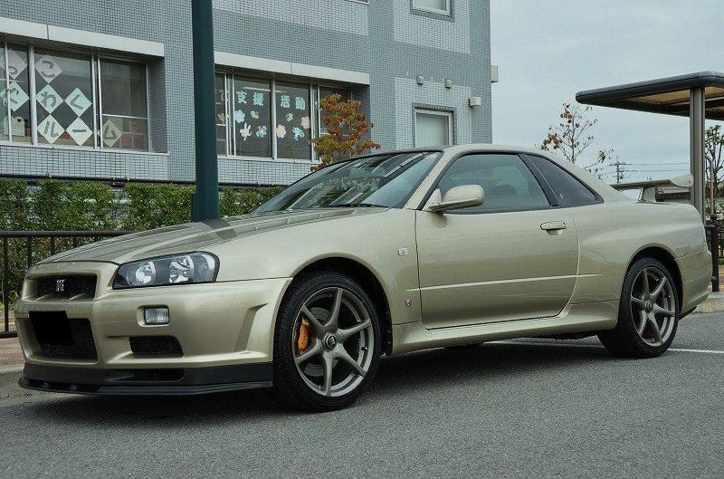 4-Nissan SKYLINE GT-R V-spec II Nür (R34) '02 Millennium Jade (M) Stock-Real.jpg