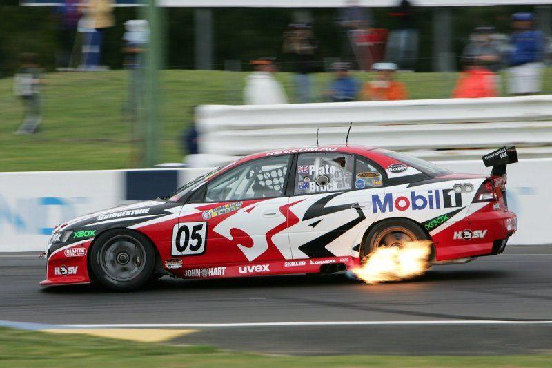 #5  Brock's last Bathurst 2004.jpg