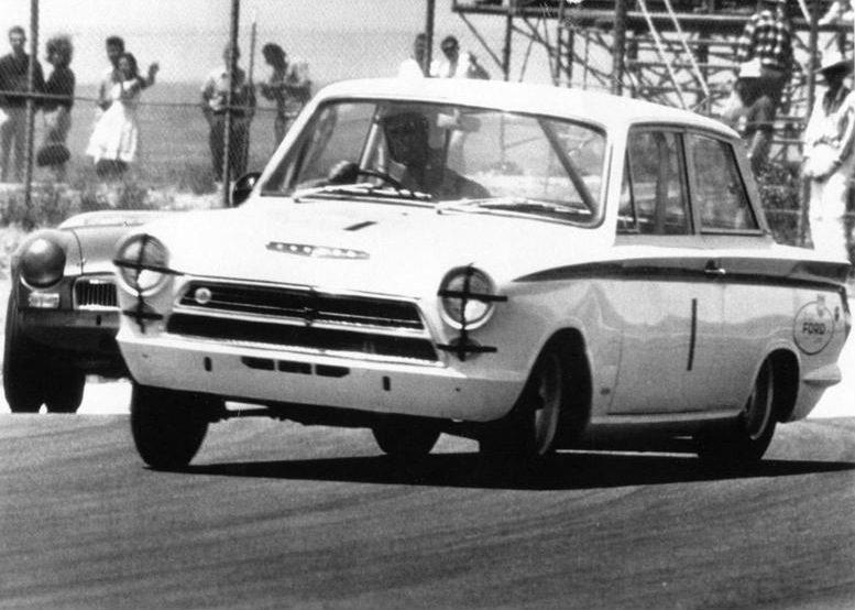 50.1.37-USA-Lotus-Cortina-12-Riverside-6404-John-Whitmore.jpg