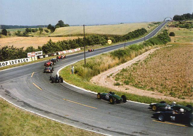 8c2df05e84eeaa722946254beecfc8bd--reims-green-cars.jpg