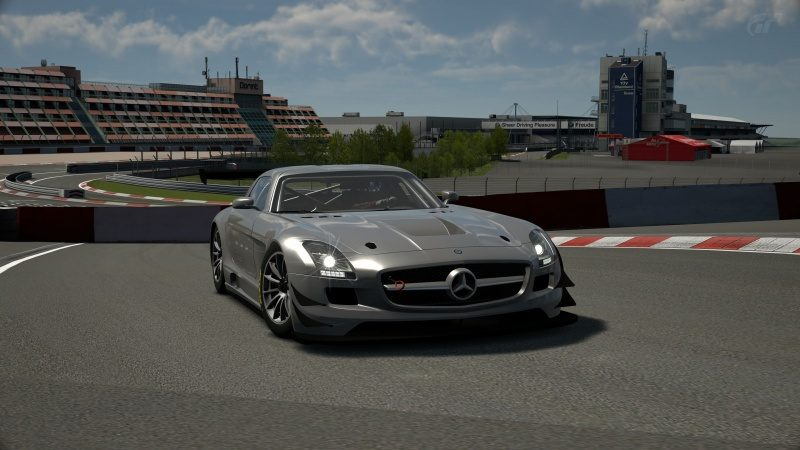 9-DTM Car.jpg