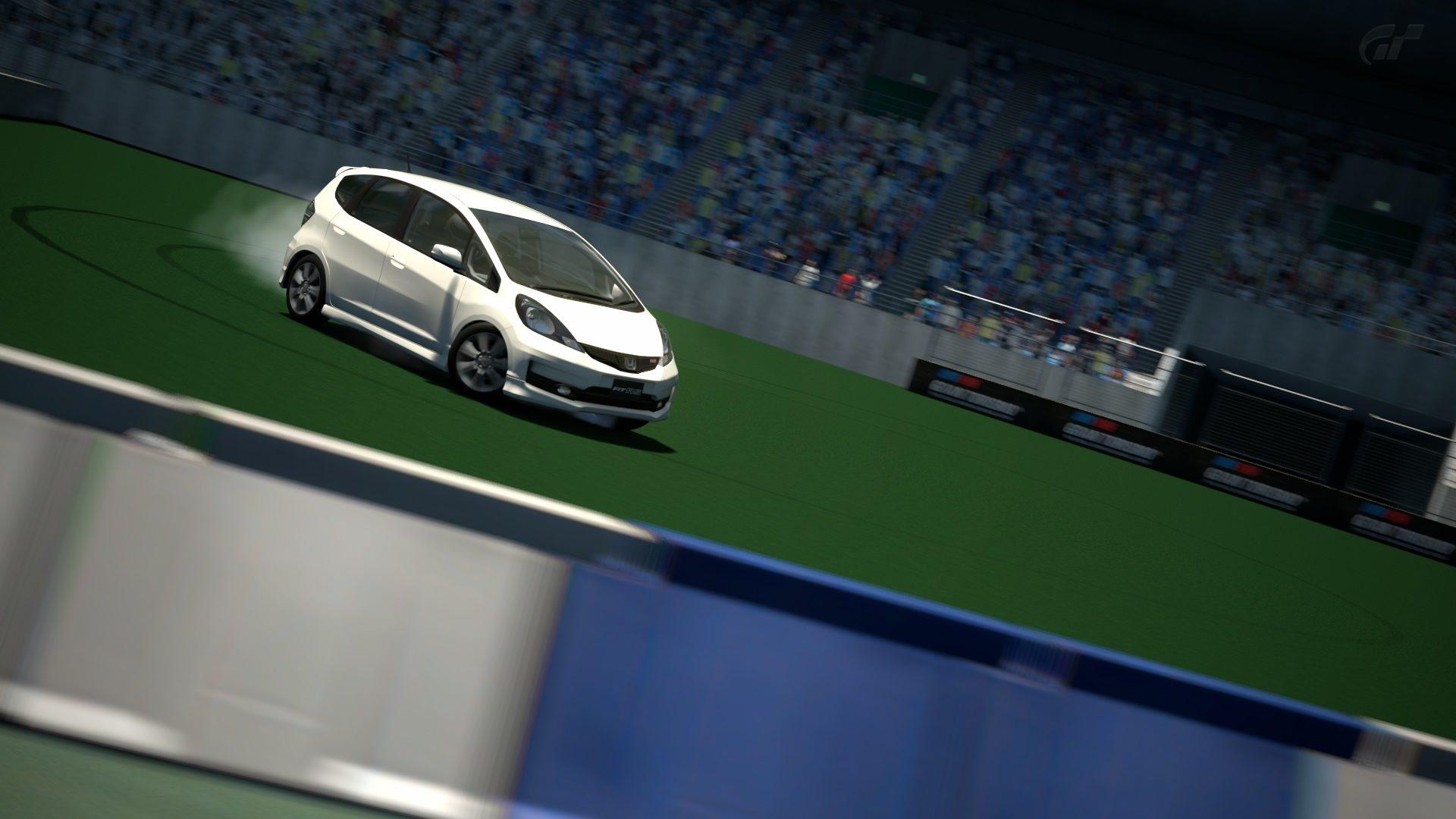 _Gran Turismo_-Arena (Strecke A)_1.jpg