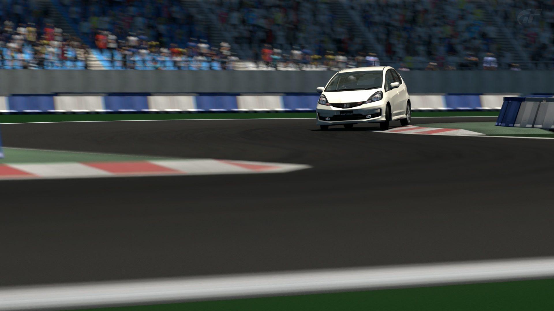 _Gran Turismo_-Arena (Strecke A).jpg