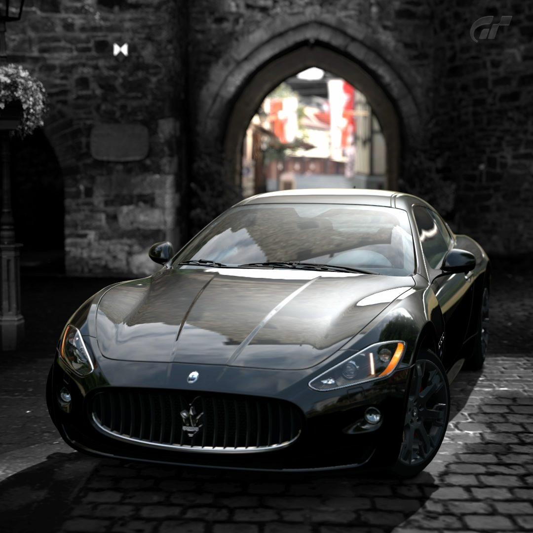 Ahrweiler Maserati.jpg