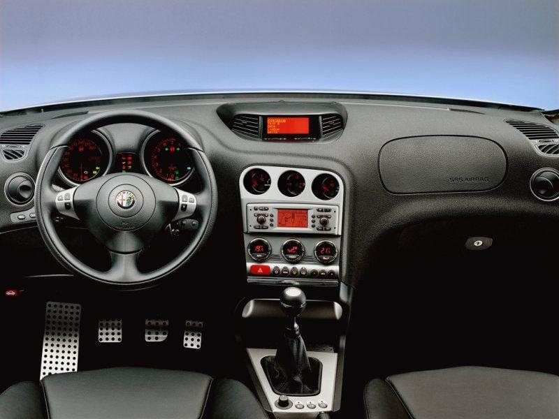 Alfa Romeo 156 GTA Sportwagon_4.jpeg