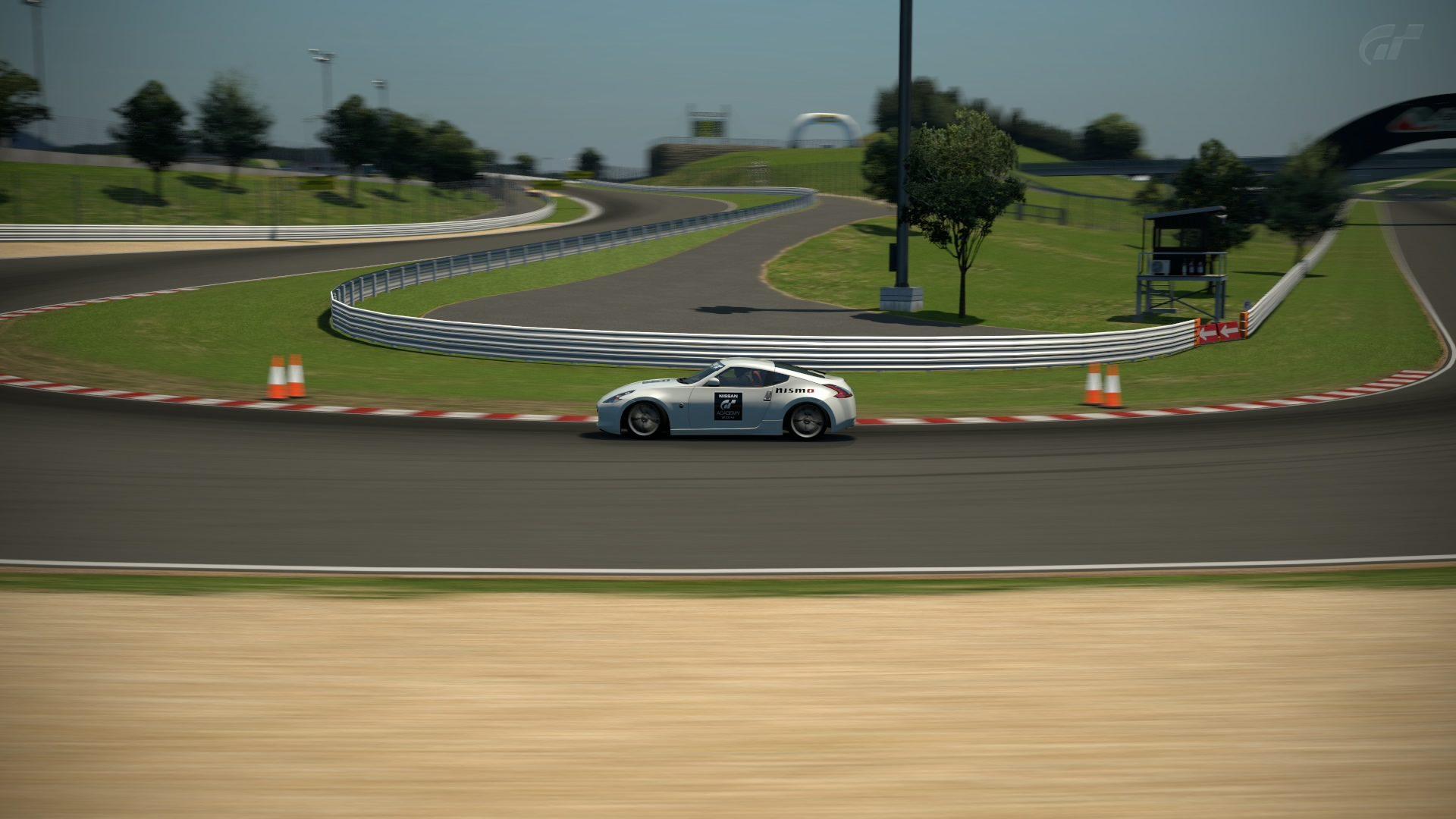 Apricot Hill Raceway_1.jpg