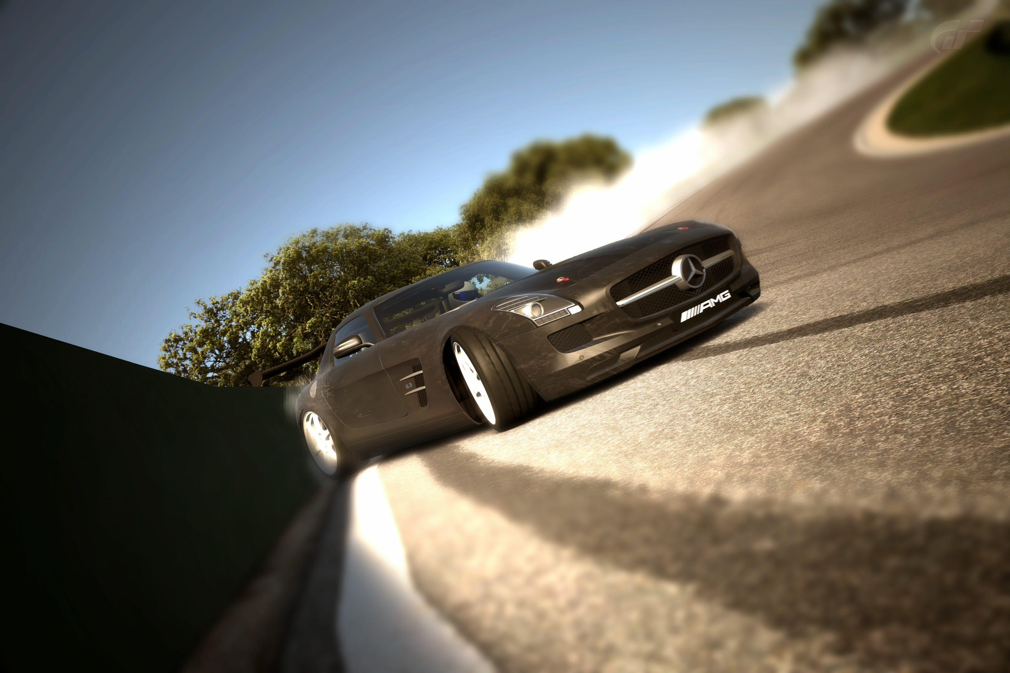 Ascari Full Track_4.jpg
