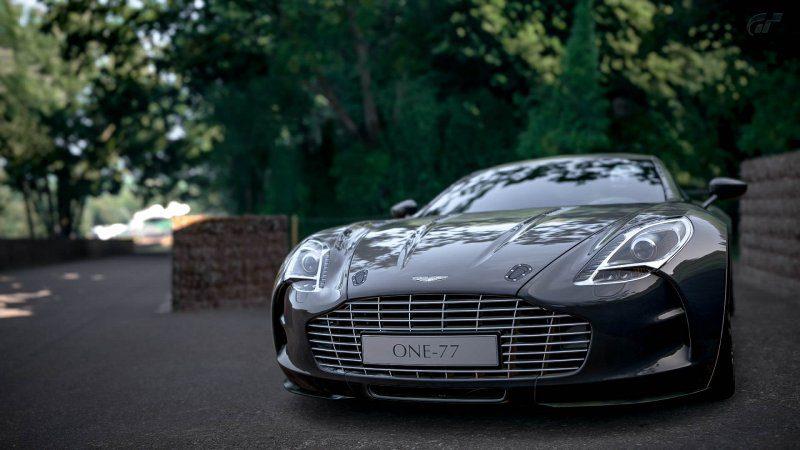 Aston_16.jpg
