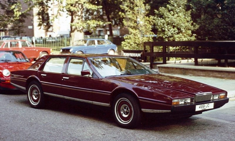 Aston_Martin_Lagonda_West_London.jpg