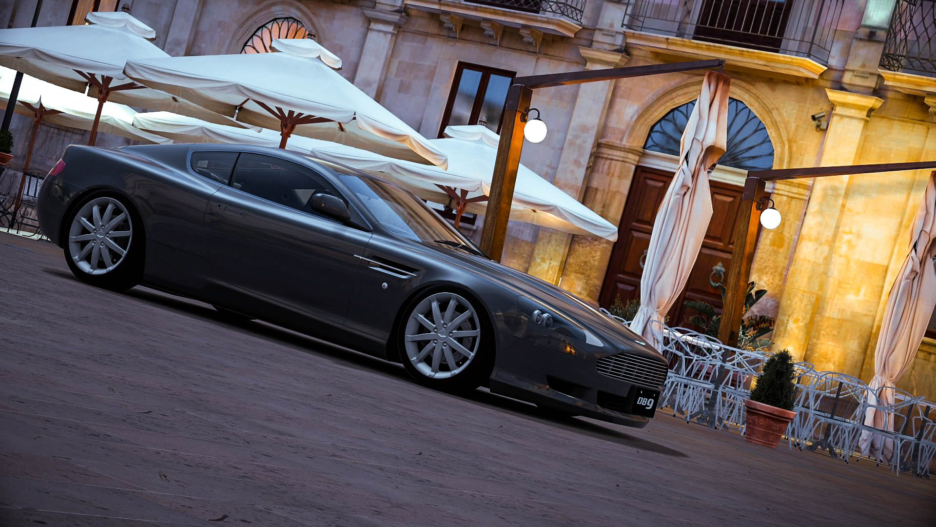 AstonMartin_Italy_5.jpg