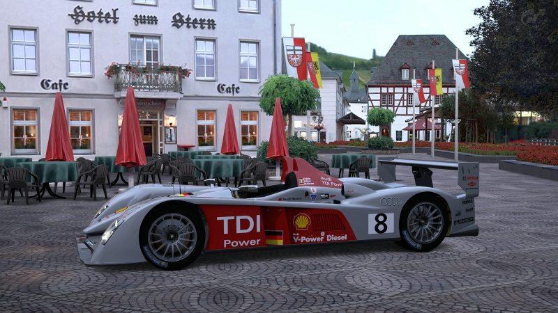 Audi R10 TDI Race Car '06.jpg