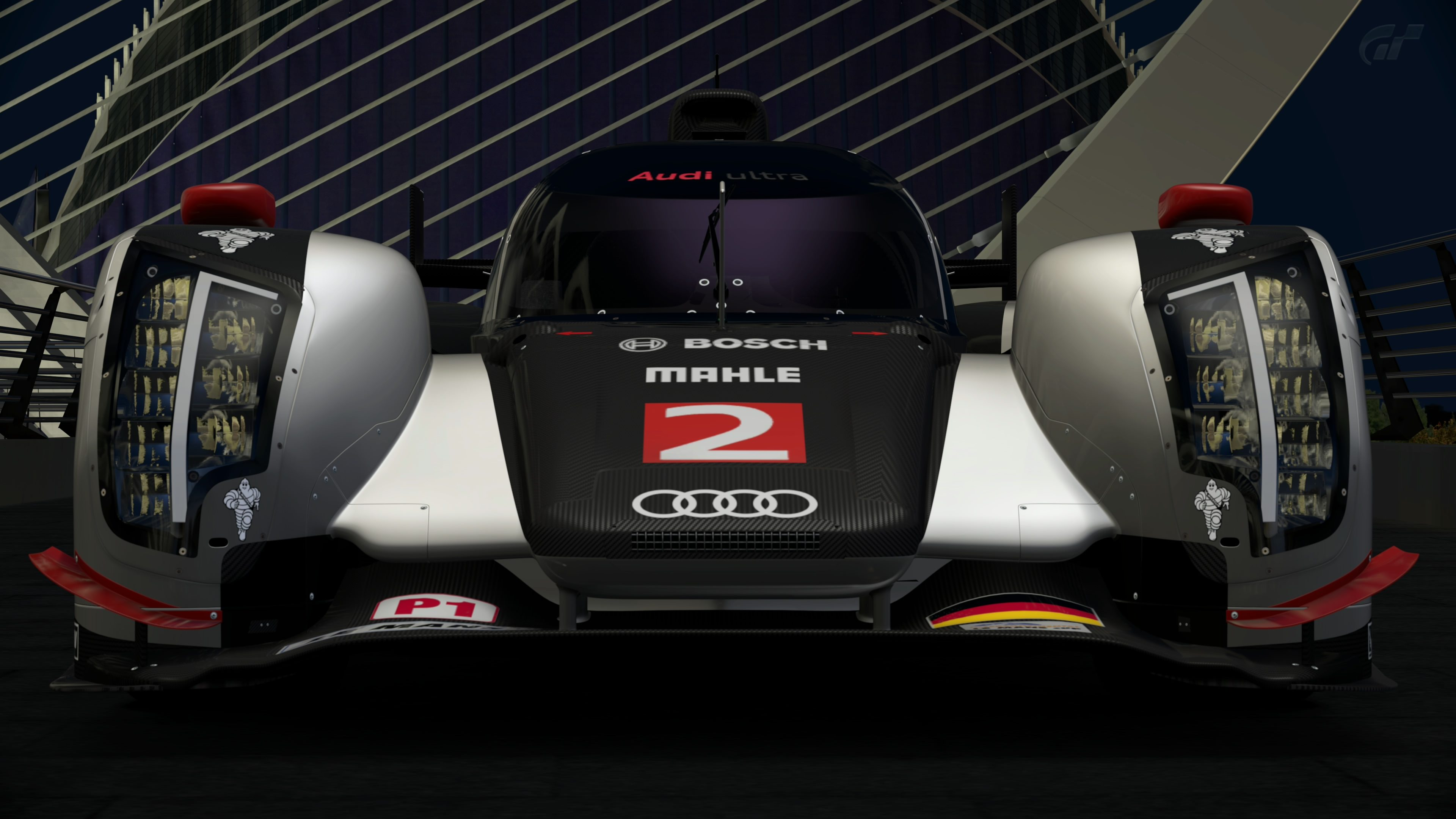 Audi R18 TDi 1.jpg