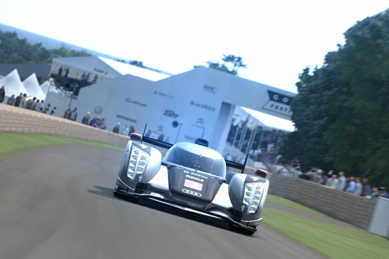 Audi R18 TDI (Audi Sport Team Joest) '11.jpg