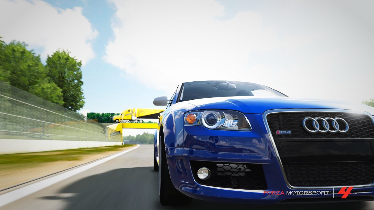 Audi RS4 on Road America 1.jpg