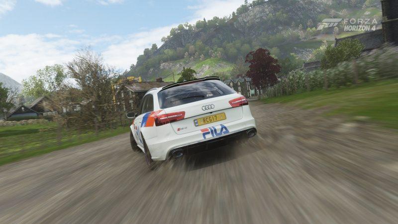 Audi RS6 Avant - Dirt Trail 2.jpg