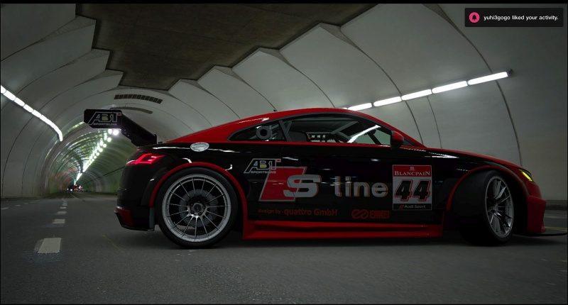 Audi TT 1.jpg