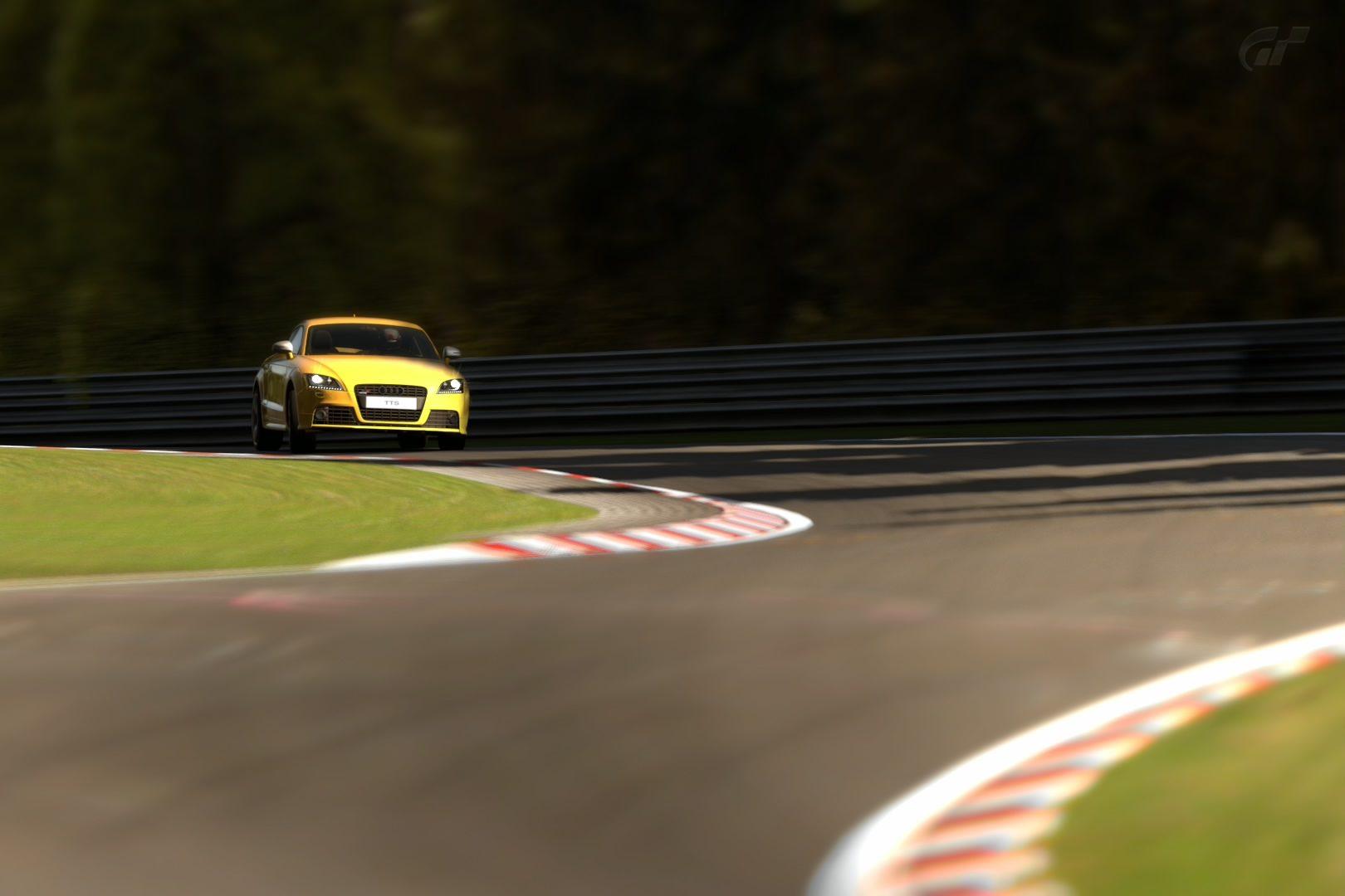 Audi TTS Coupe '09.jpg