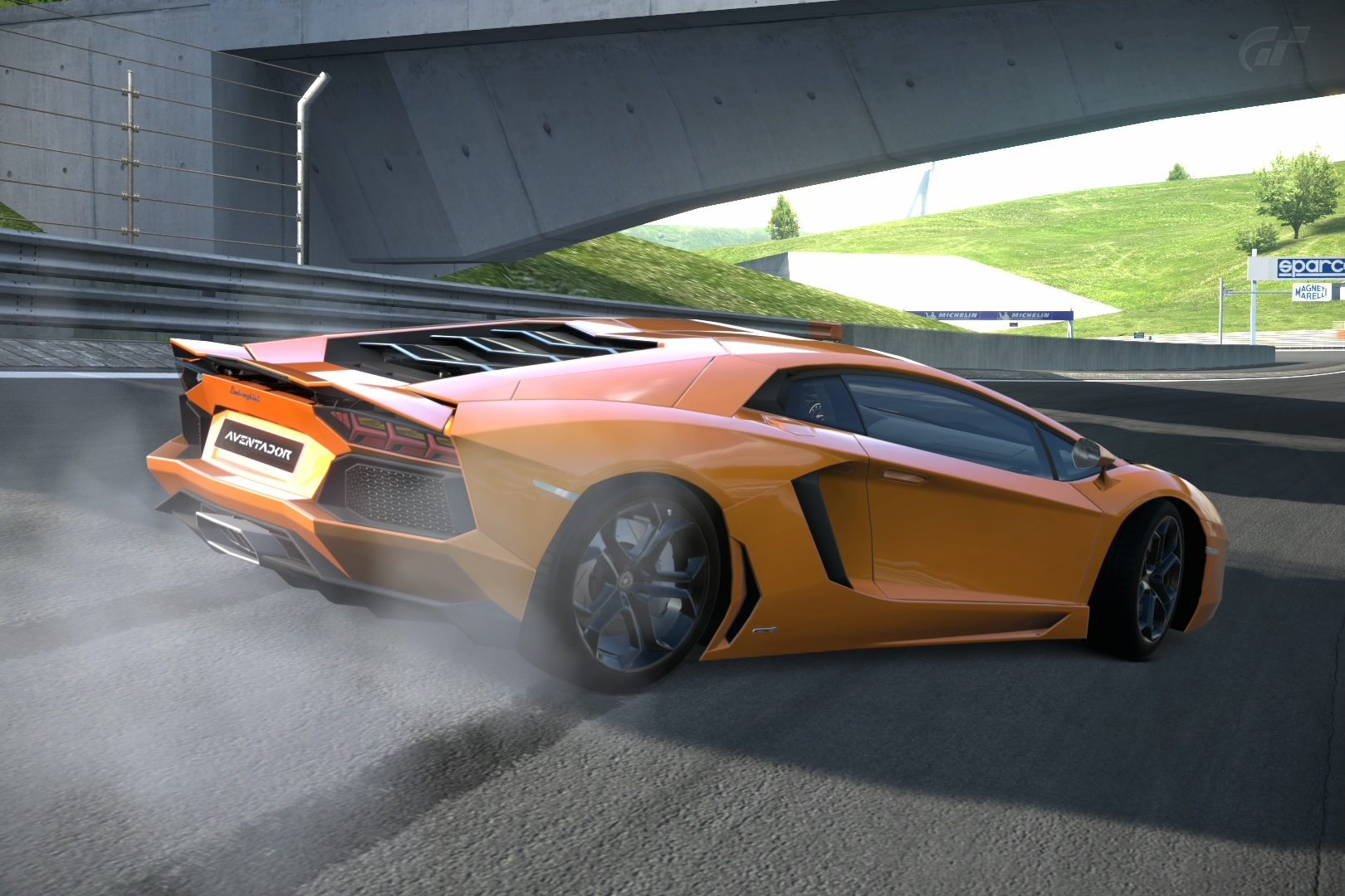 AventadorDriftImg1.jpg