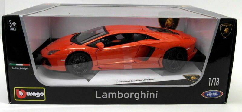 Bburago Lamborghini Aventador LP700-4 Diecast 1.18-3.jpg