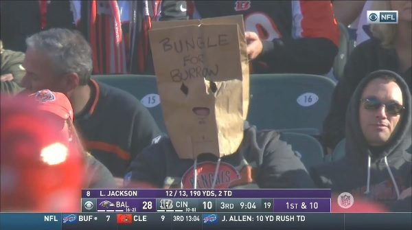 bengals-fan-joe-burrow.jpg