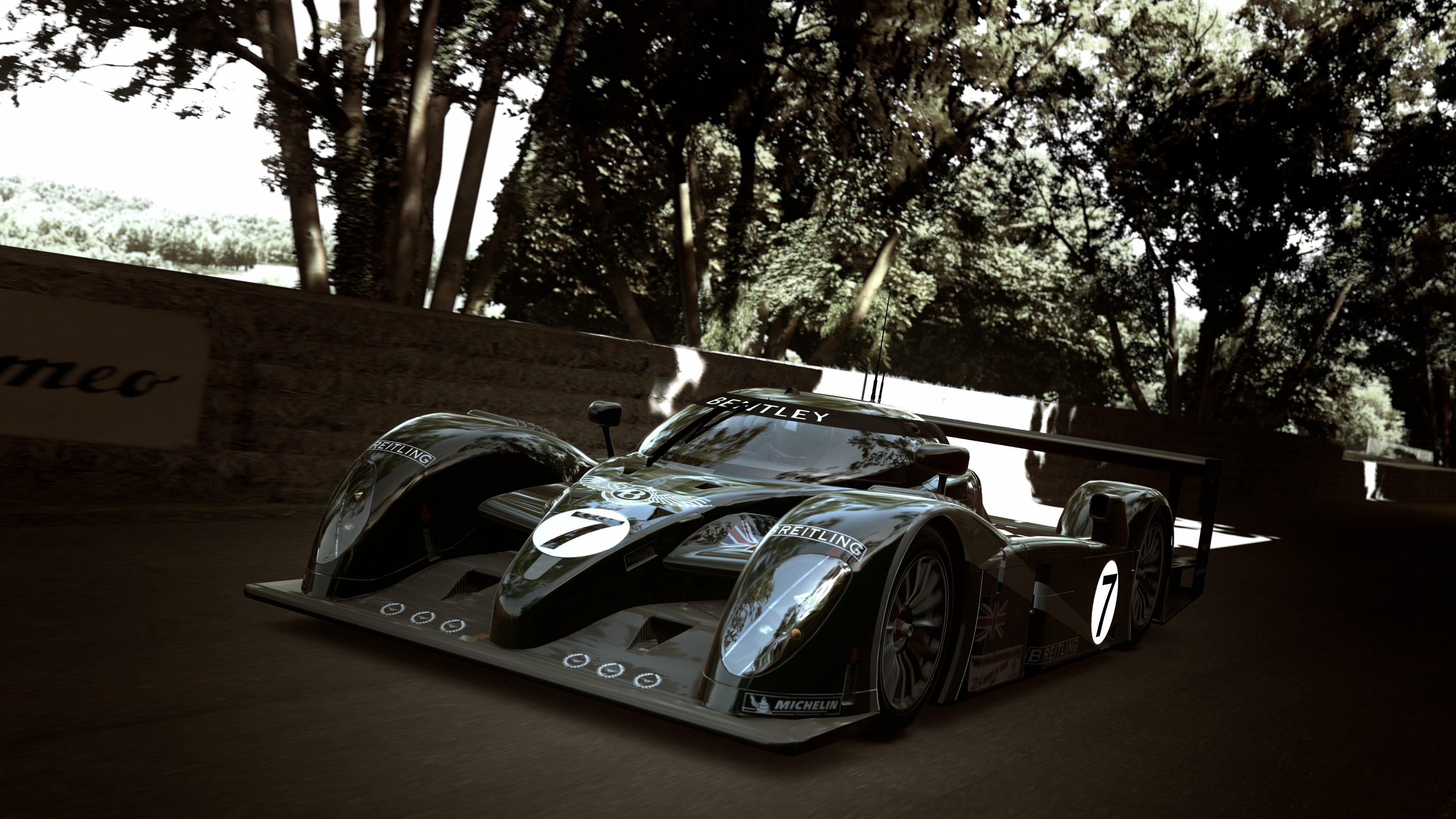 Bentley 4.jpg