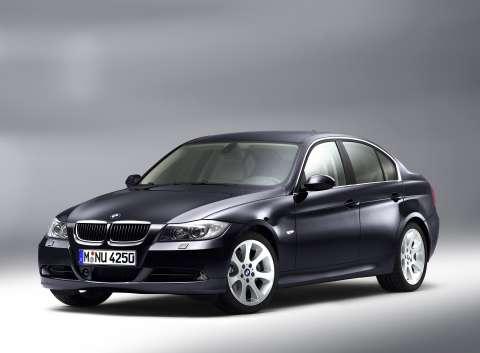 BMW-330i-E903.jpg