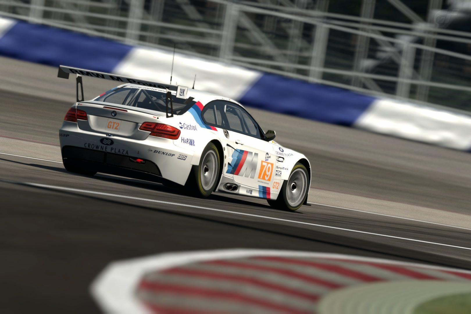 BMW E92 M3 (BMW Motorsports) '10.jpg