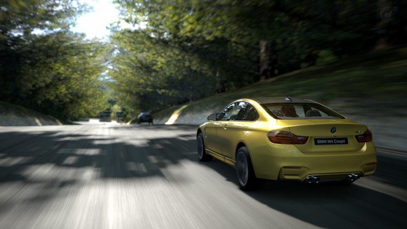 BMW-M4_07.jpg
