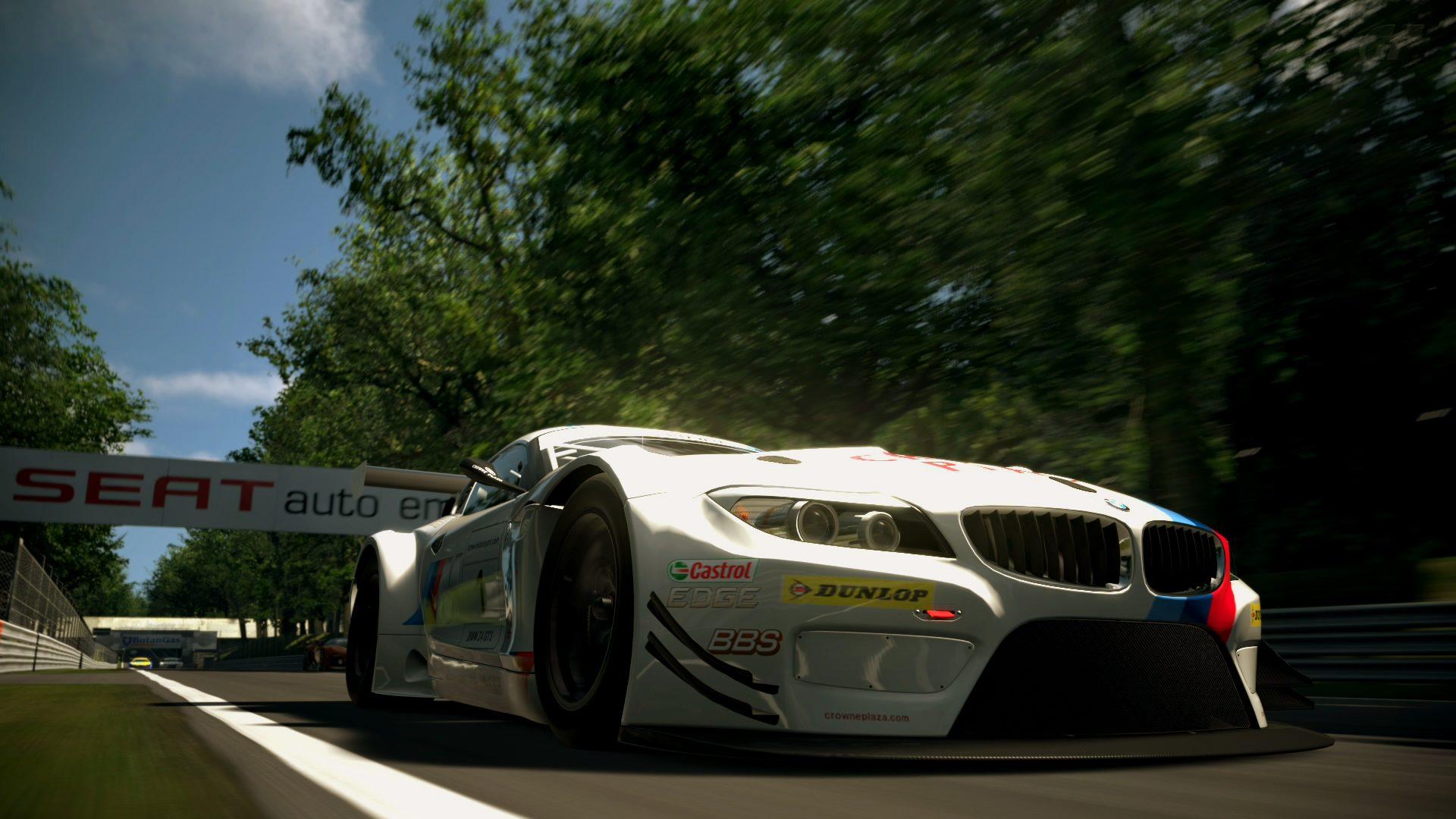 BMW Z4 GT3 on Monza.jpg