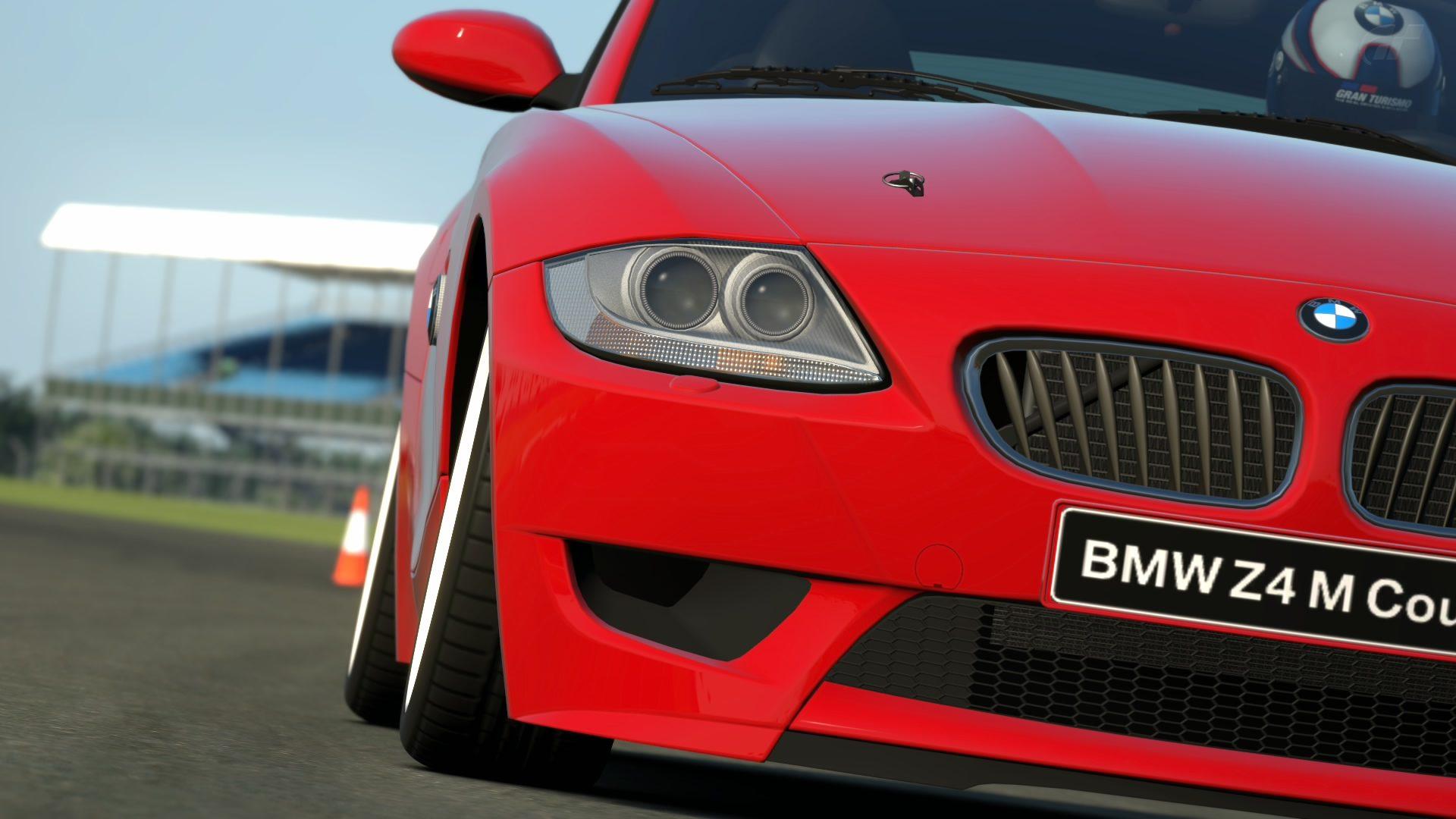 BMW Z4 Silverstone Grand Prix Circuit_2.jpg