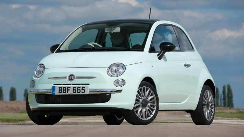 buyers_guide_-_fiat_500_2014_-_front_quarter.jpg
