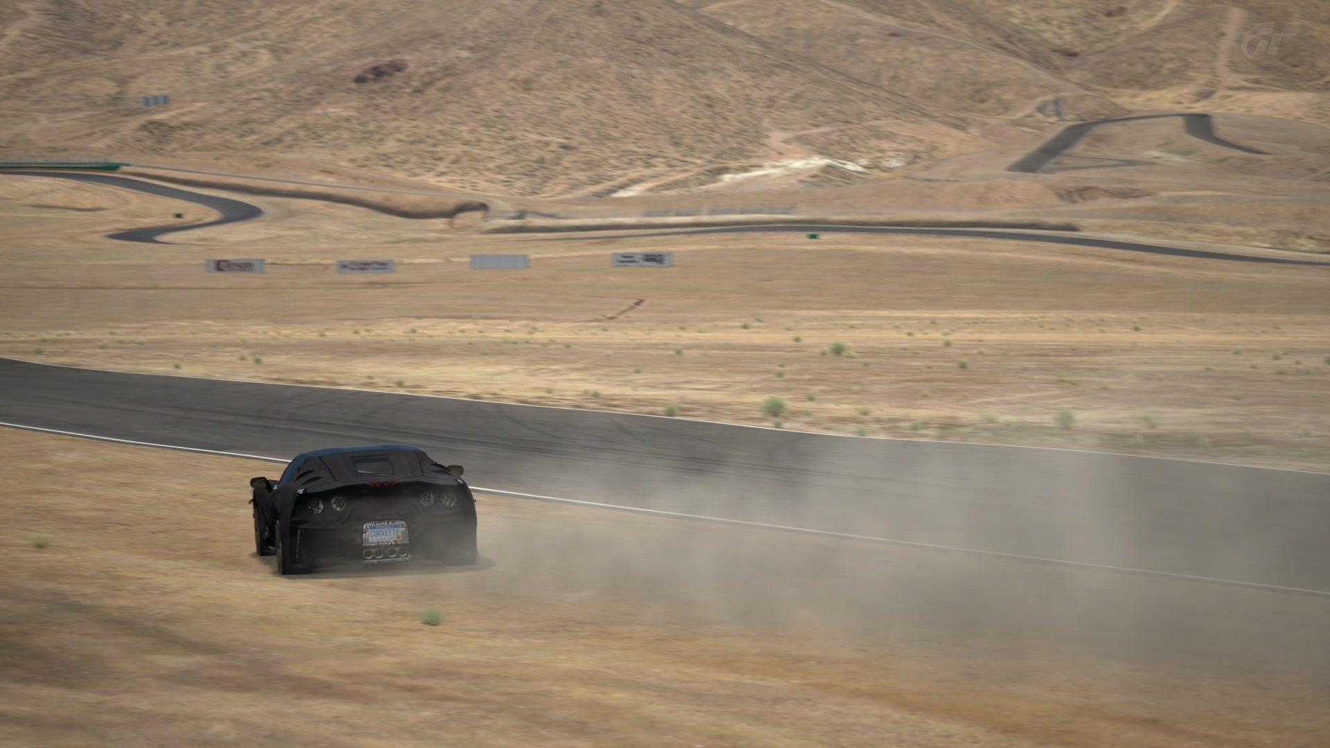 C7 Spy Shots at Willow Springs (2).jpg