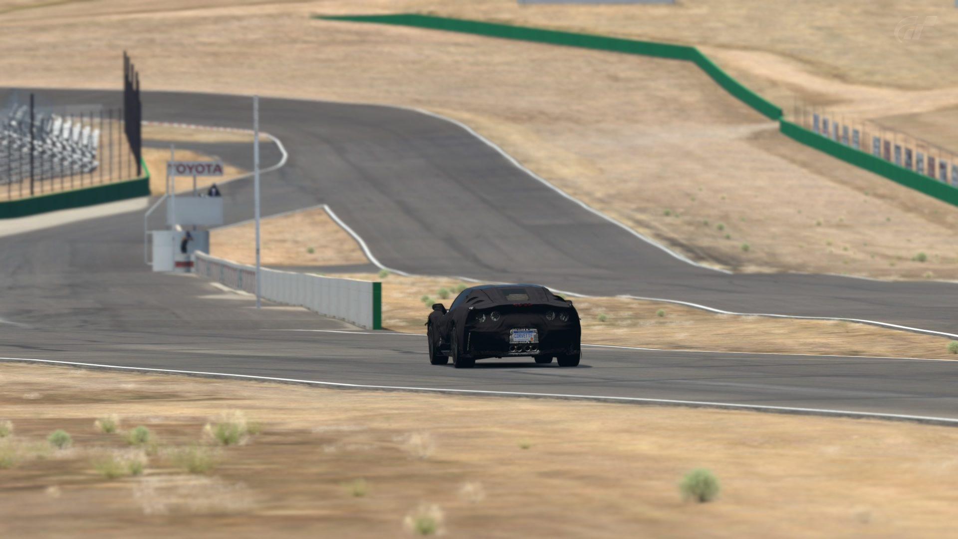 C7 Spy Shots at Willow Springs (3).jpg