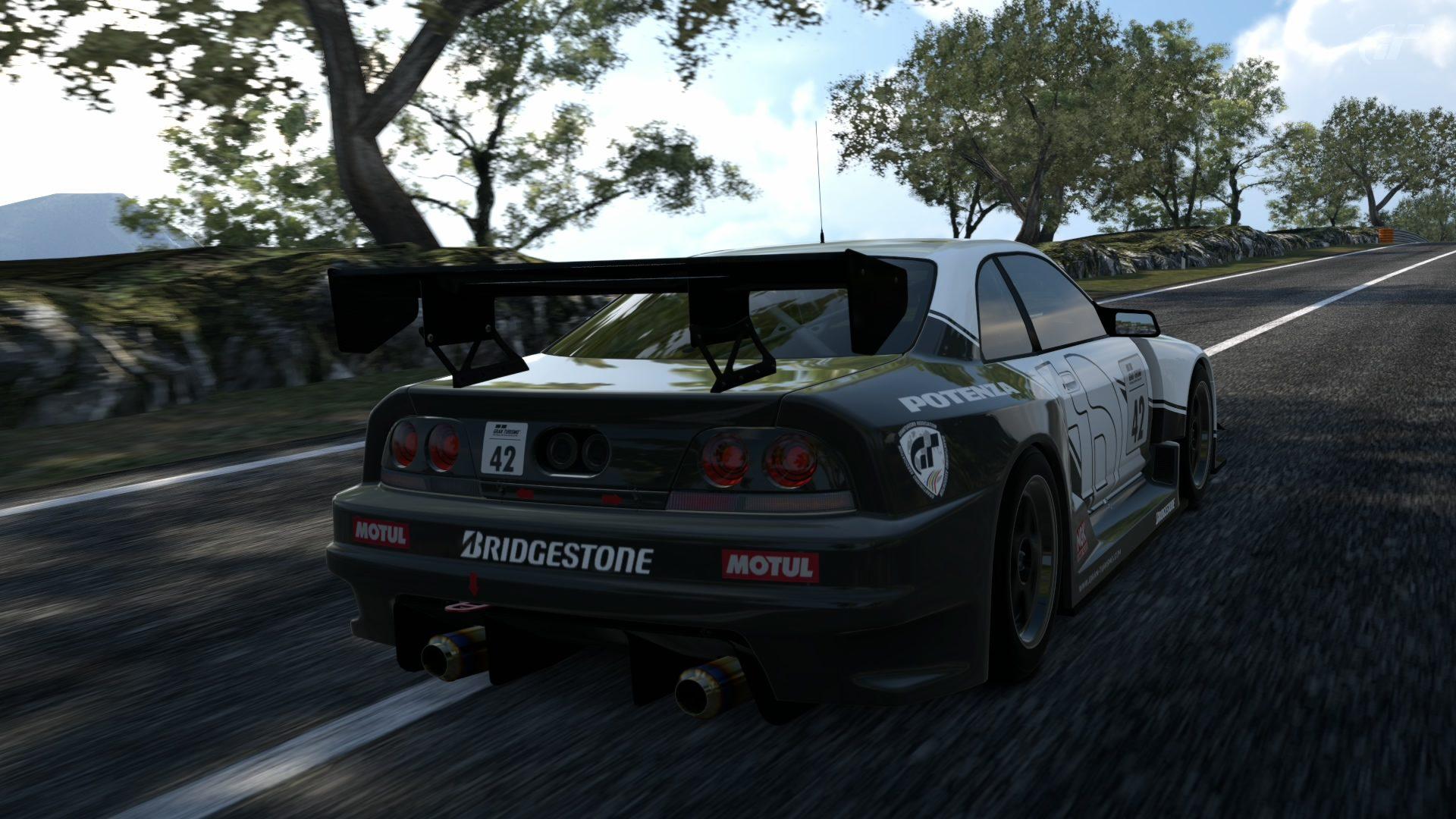 Circuito de la Sierra GT-R33 7.jpg