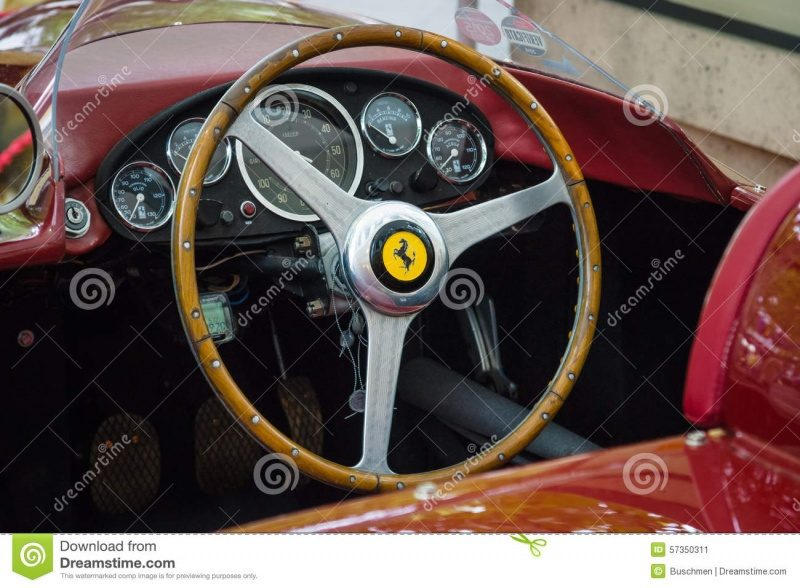 cockpit-sports-car-ferrari-tr-berlin-june-classic-days-kurfuerstendamm-57350311.jpg
