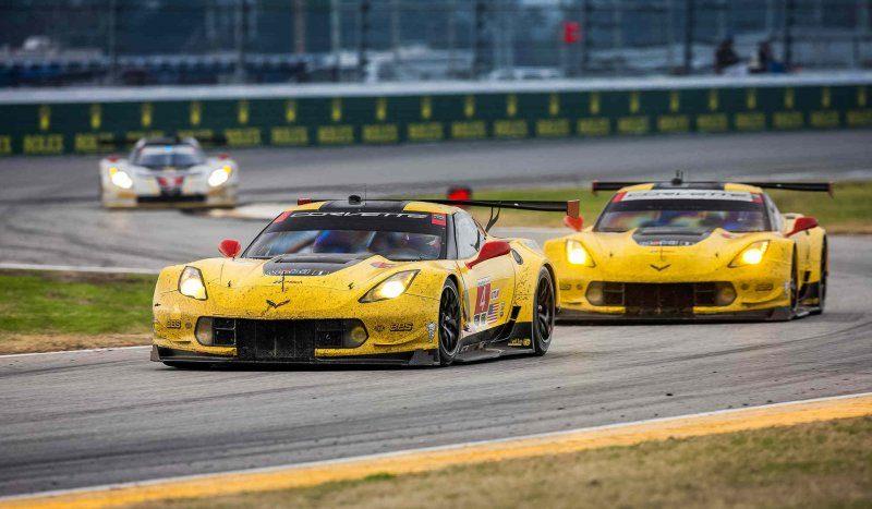corvette-racing-c7-r-at-the-2016-rolex-24-at-daytona_100544381_h.jpg