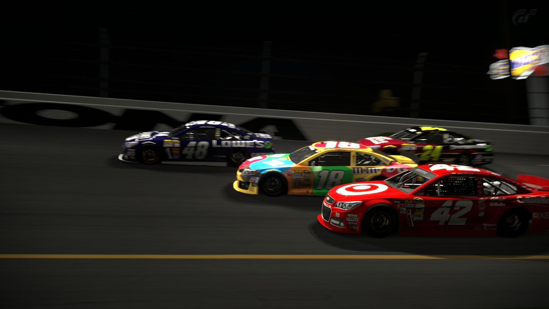 Daytona International Speedway_12.jpg