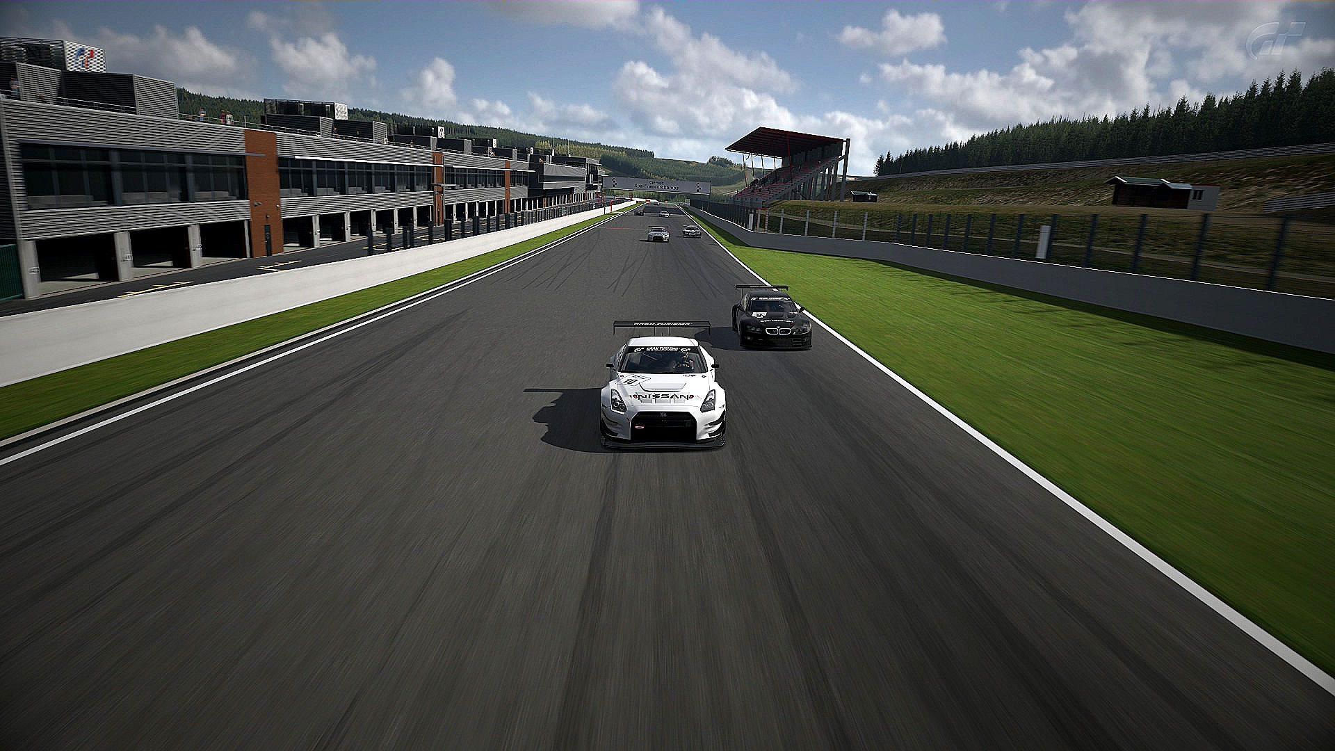 FIA GT Race on Spa 1.jpg