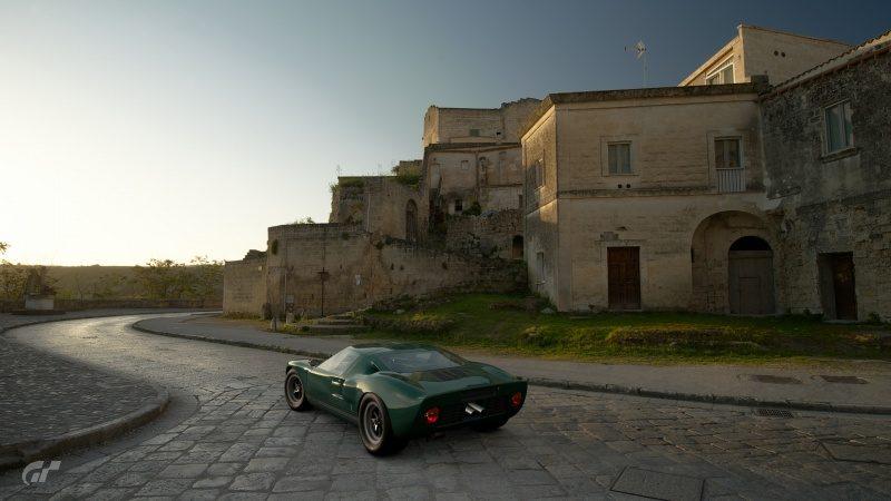 Ford GT40 - Italy.jpg