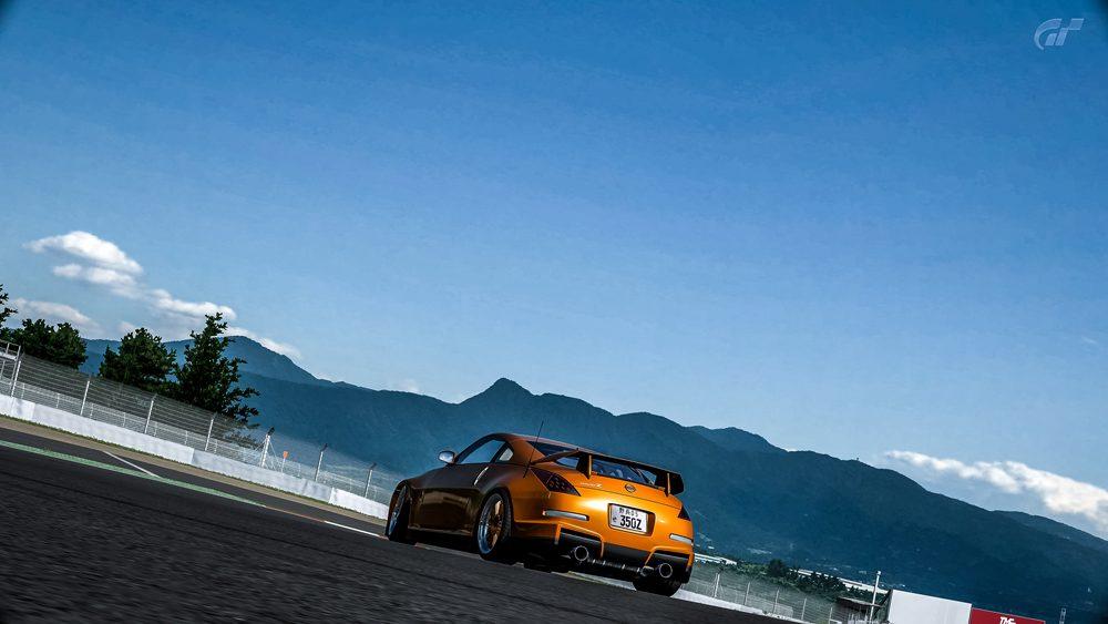 Fuji Speedway F_12 copy.jpg